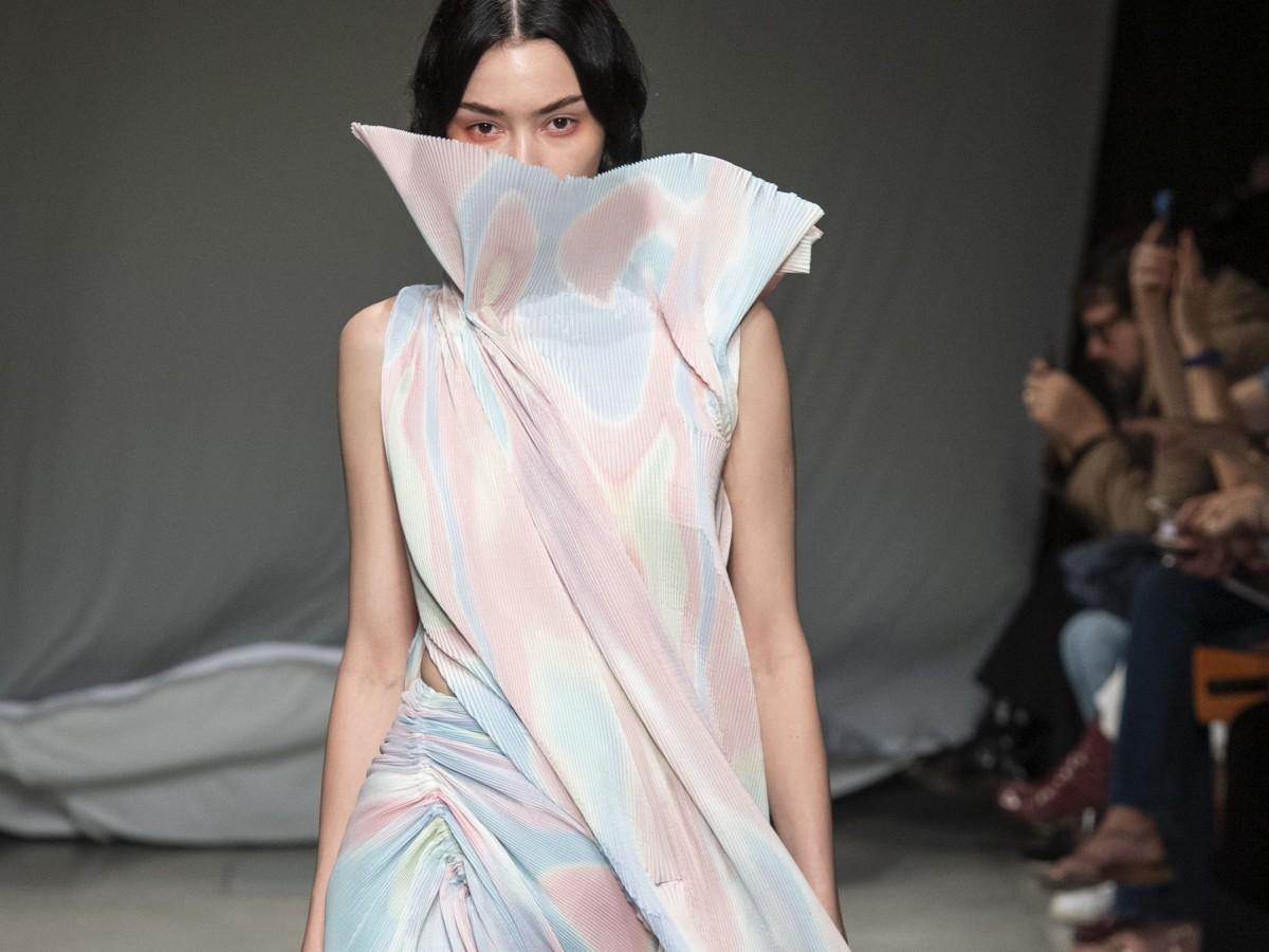 """El """"tie dye"""", un juego de colores que está muy de moda"""