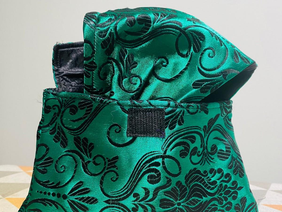Combina tu mascarilla con tu cartera y no dejes fuera otros artículos necesarios para protegerte