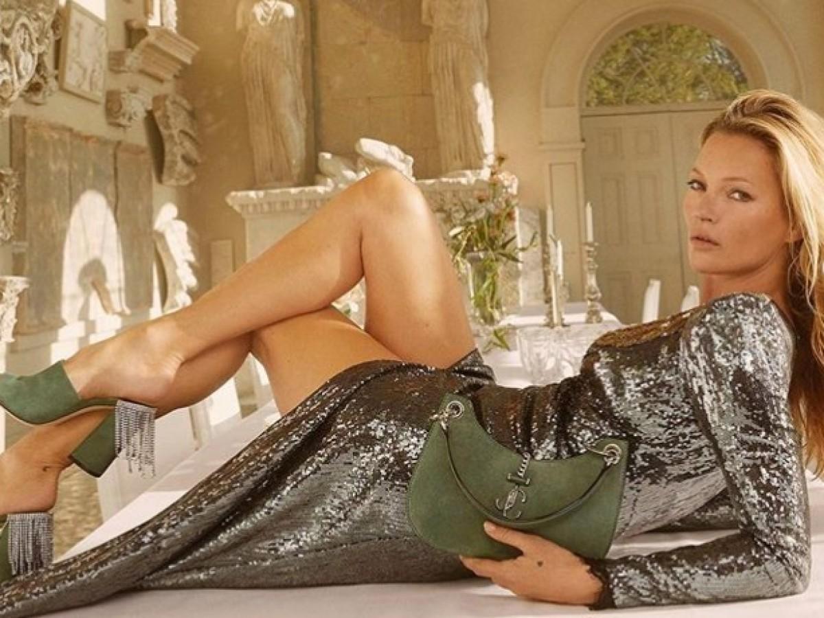 Kate Moss continúa ganando popularidad en la industria de la moda