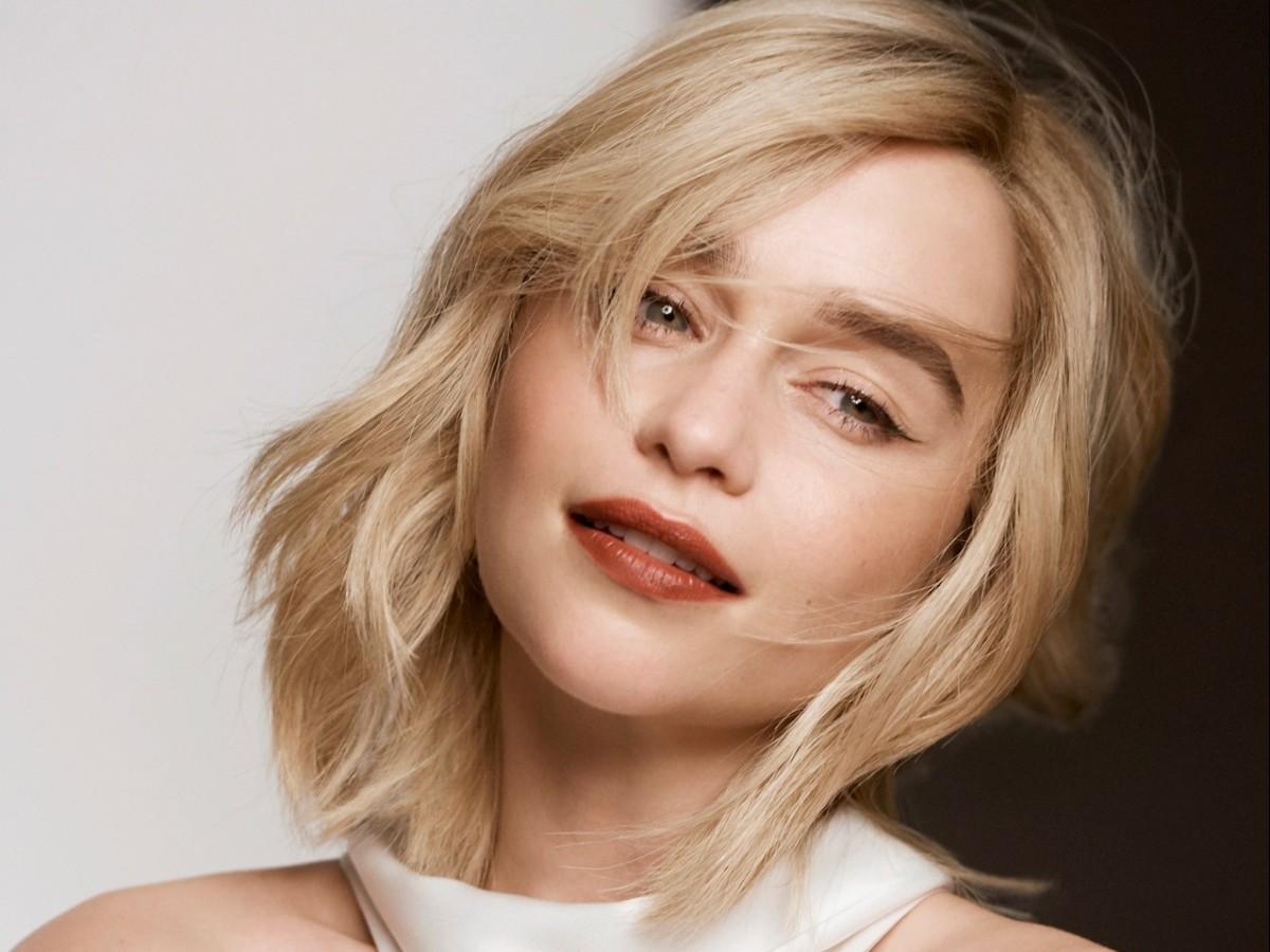 Emilia Clarke revela sus trucos de belleza durante la cuarentena