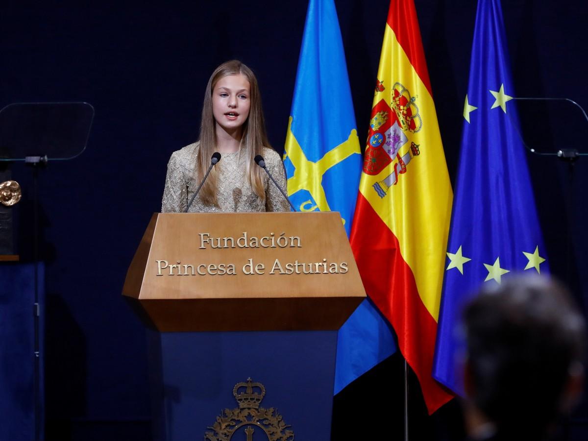 La princesa Leonor cumple 15 años en medio de la pandemia y de críticas a la Corona