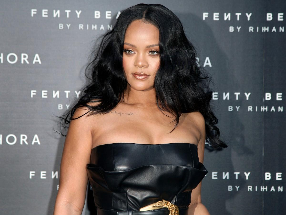 Rihanna es la artista musical femenina más rica del mundo según Forbes