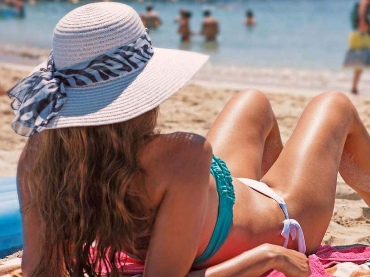Consejos de expertos para proteger tu cabello en el verano