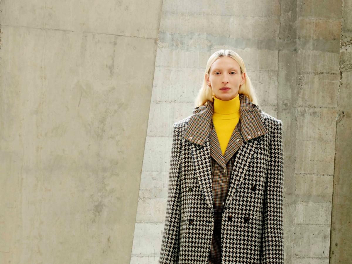 Stella McCartney pisa fuerte con una colección invernal para vestir sin miedo