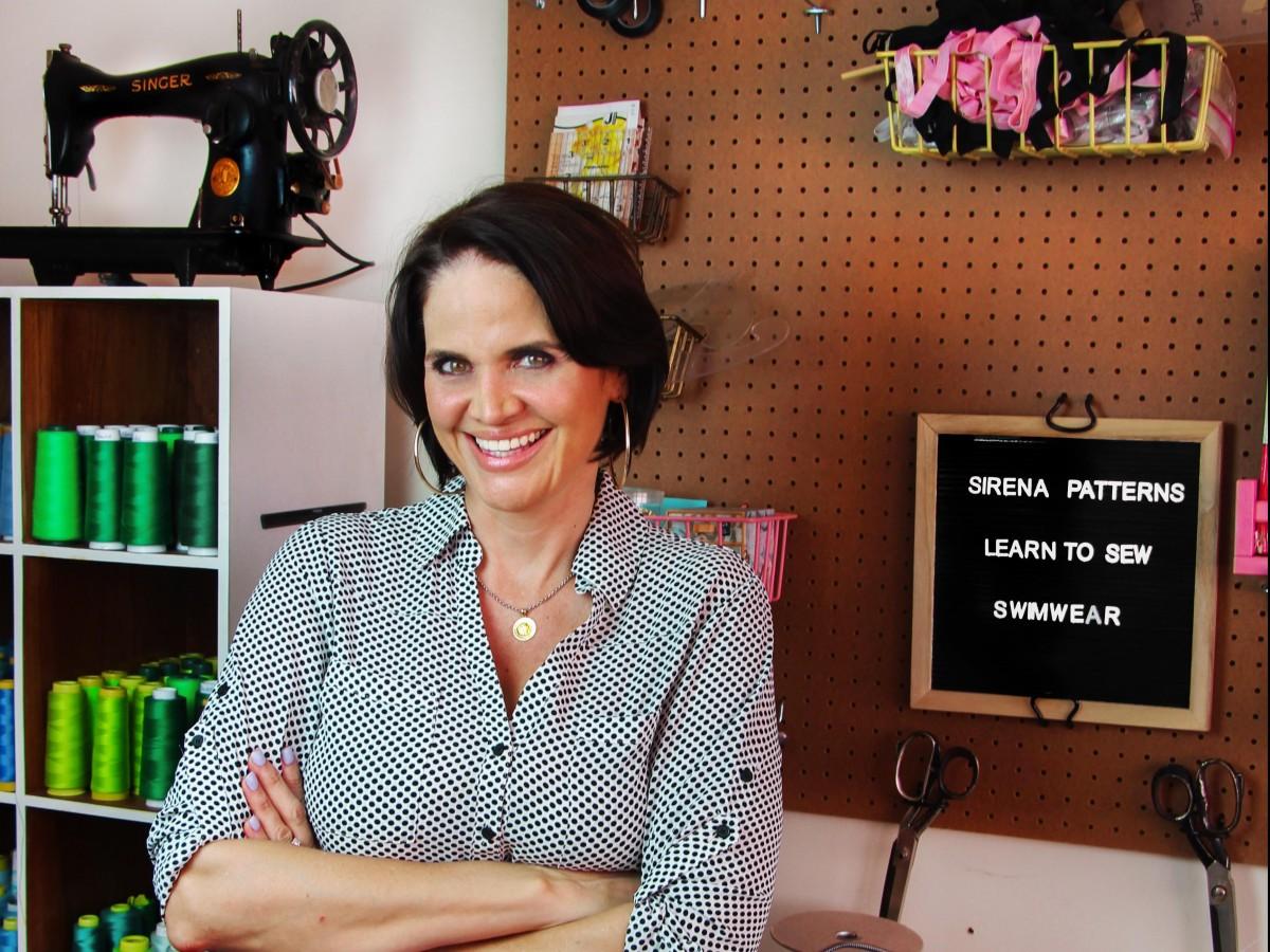 Tommie Hernández ofrece taller de costura en telas elásticas