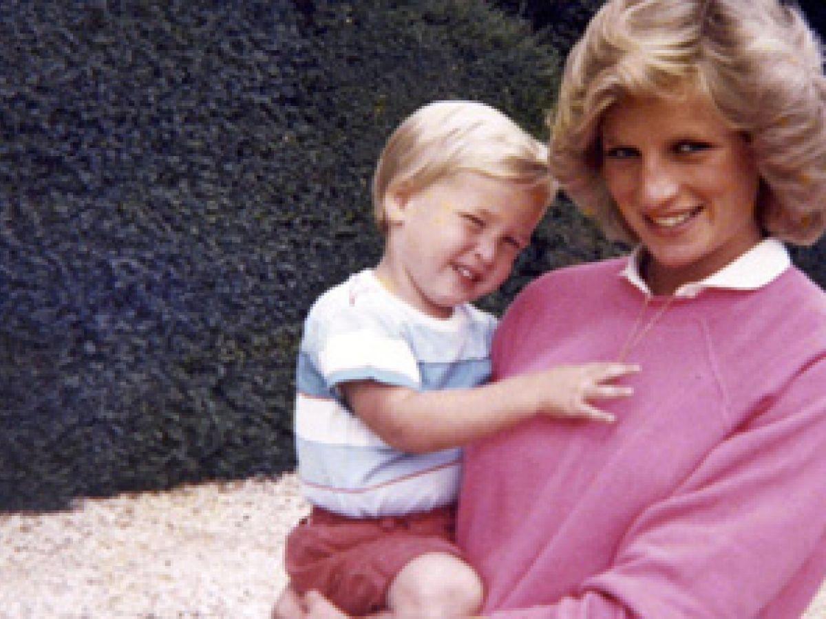 Príncipes de Inglaterra recuerdan última llamada con Diana