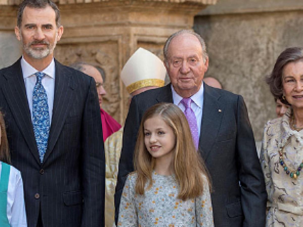 Un video muestra el incómodo momento entre la reina Letizia y su suegra