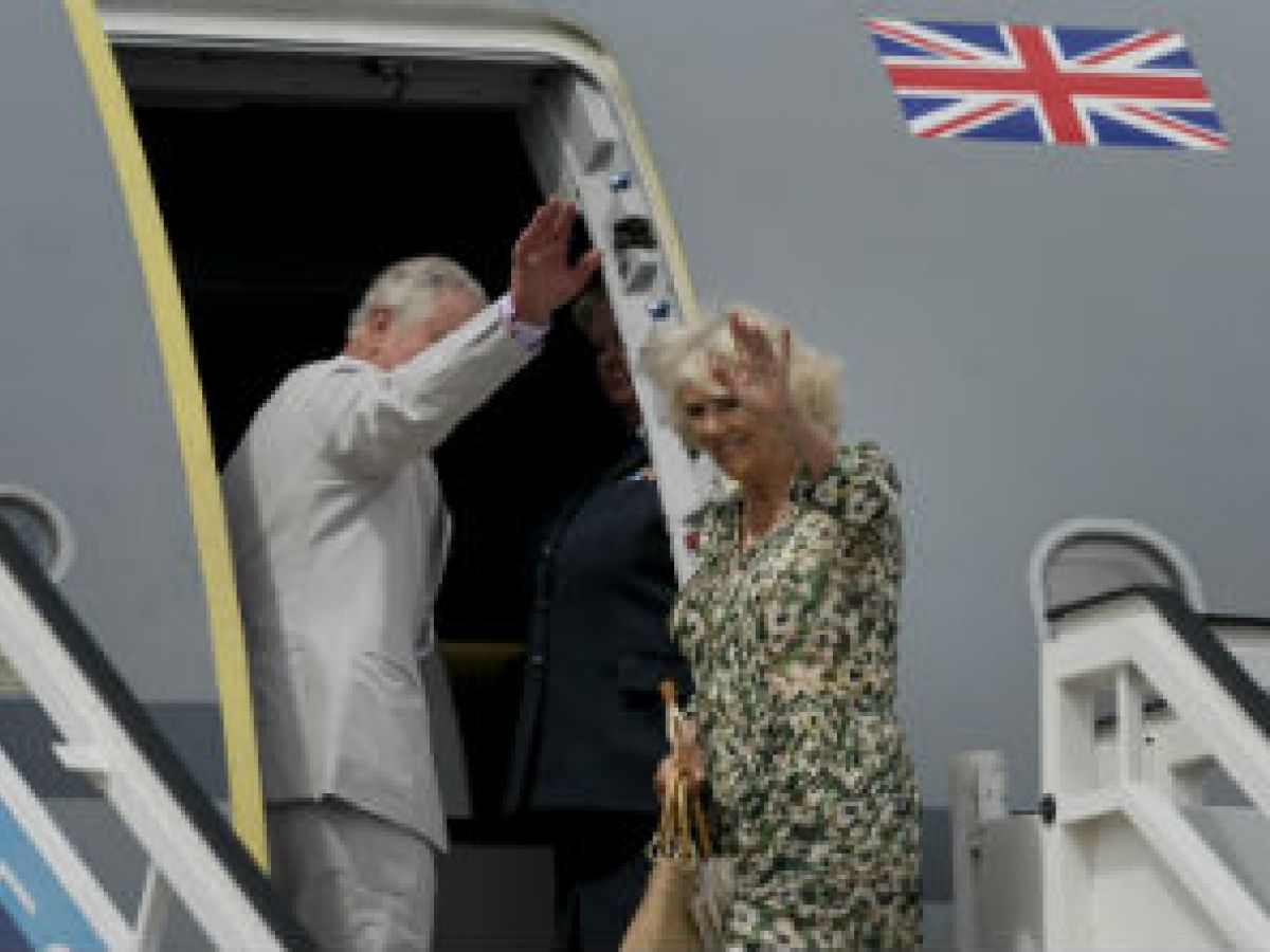 El príncipe Charles partió de La Habana tras una histórica visita de tres días
