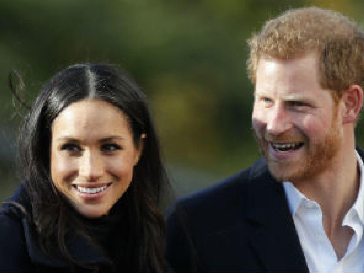 """Esta es la razón por la que el príncipe Harry y Meghan Markle le dieron """"unfollow"""" a sus familias"""