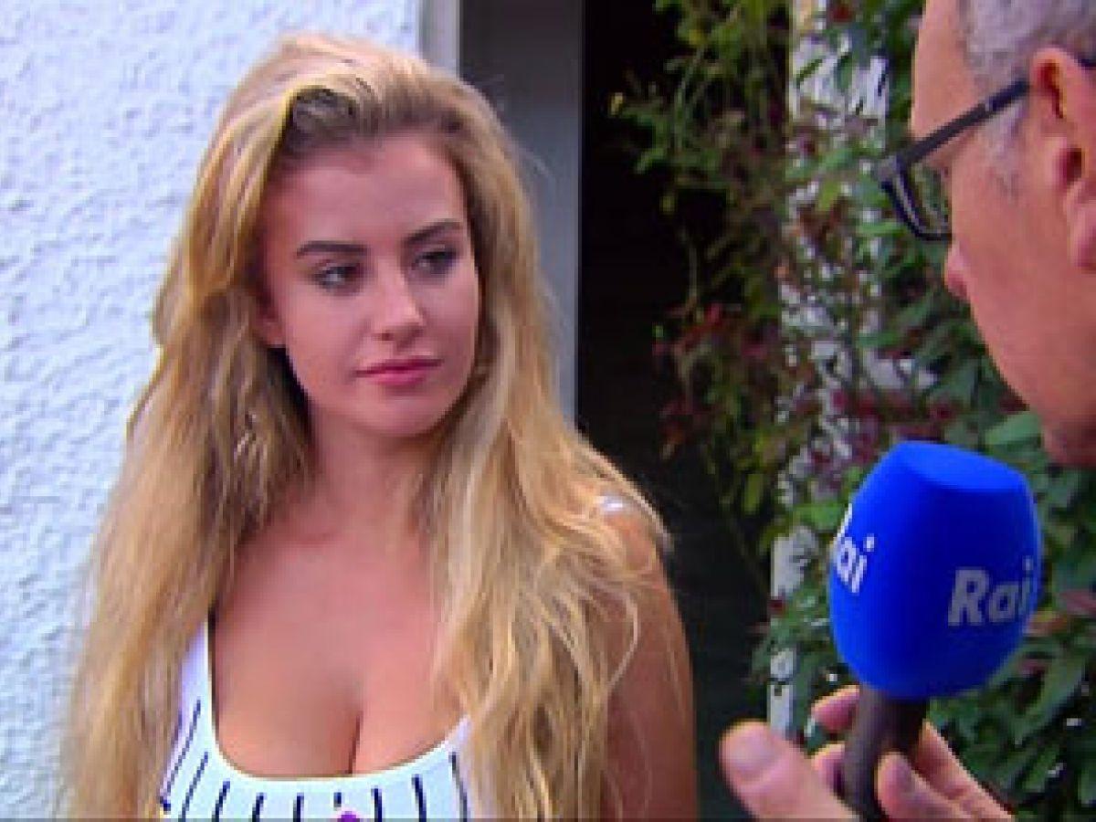 Modelo británica insiste en que fue secuestrada en Italia