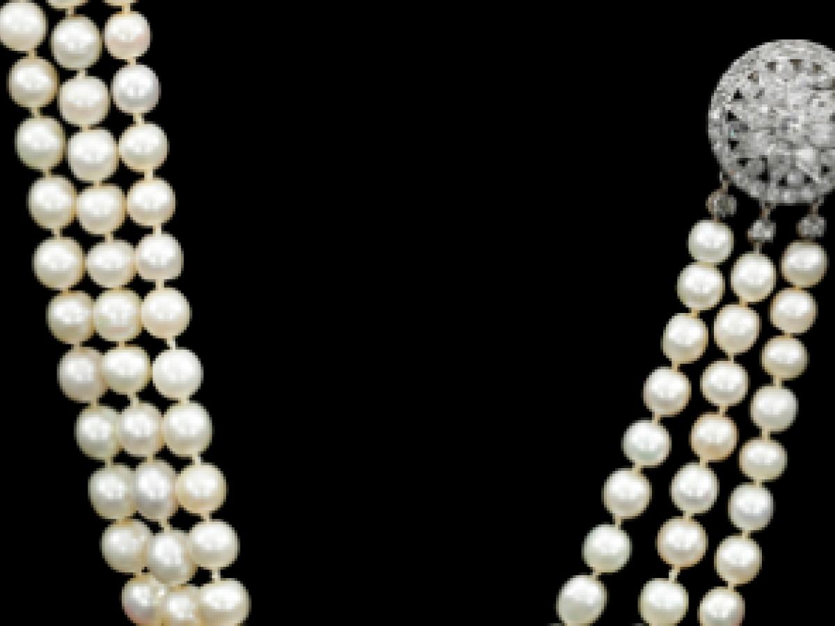 Subastarán unas perlas de la reina María Antonieta