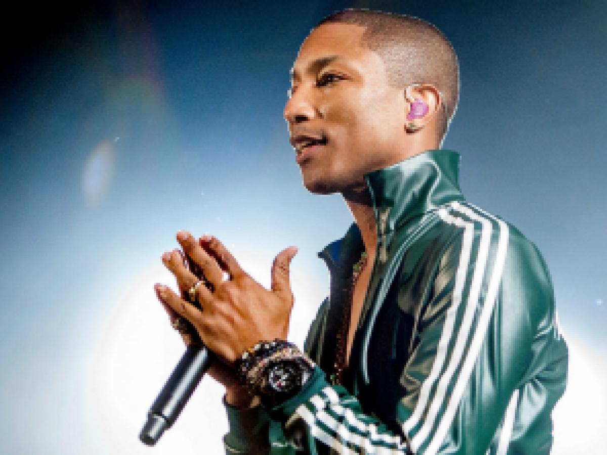 El rapero Pharrell Williams lanza una colección de ropa para Chanel