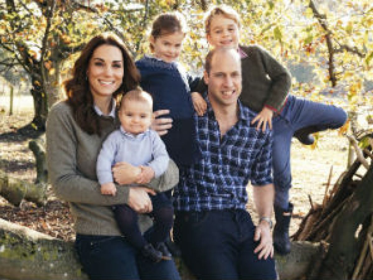Los duques de Cambridge y Sussex felicitan la Navidad con fotos familiares