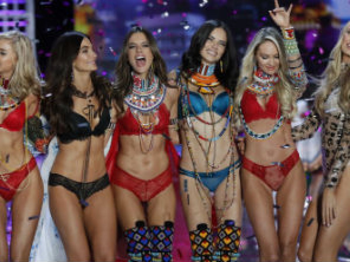 Embarazada ángel de Victoria's Secret