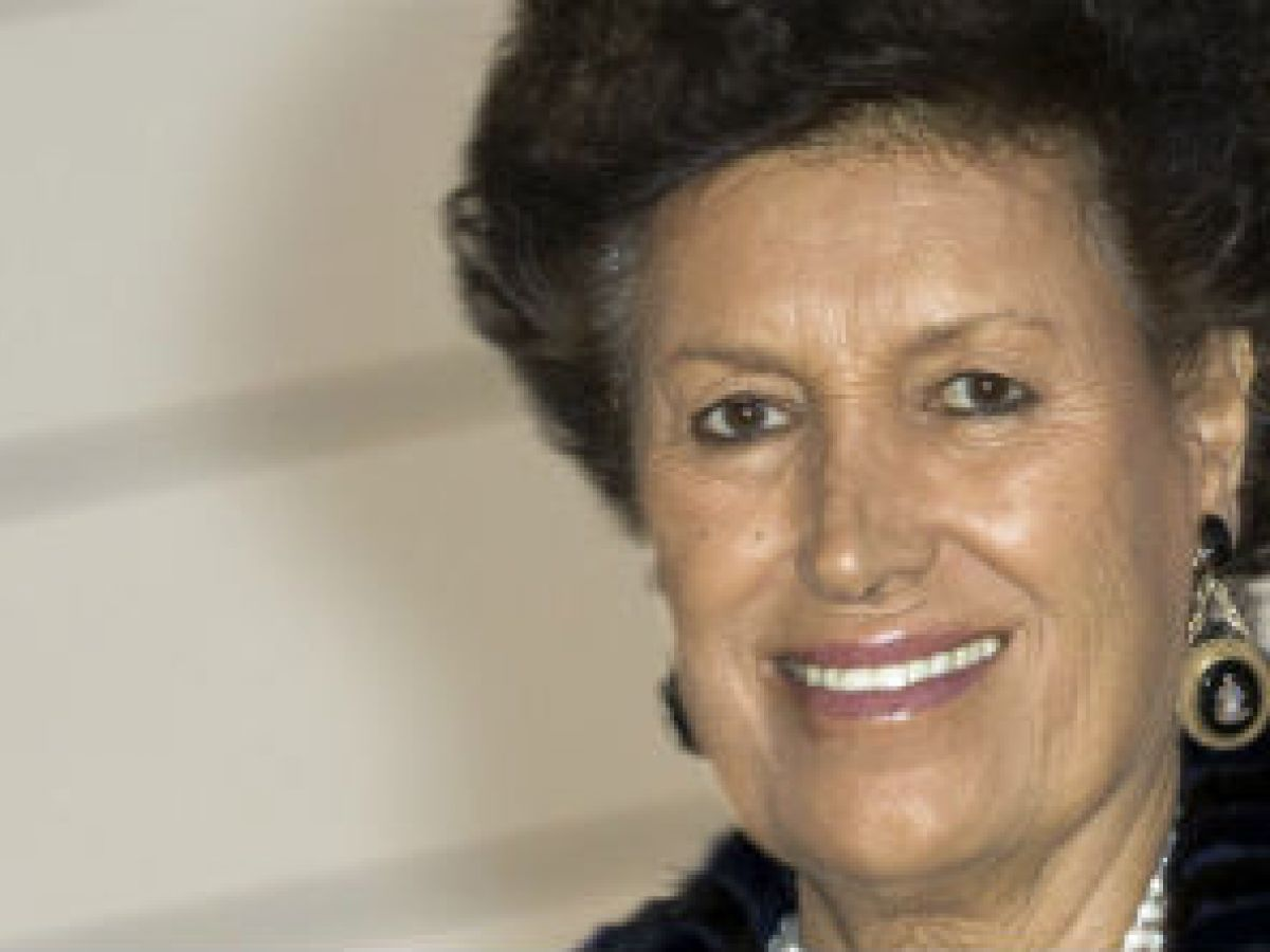 Muere Carla Fendi, filántropa y figura de la moda