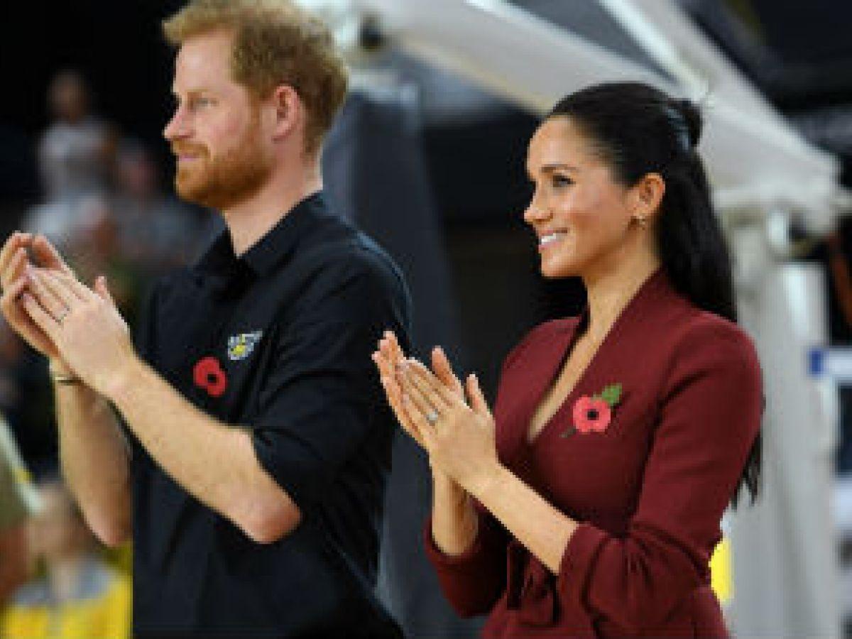 El príncipe Harry y Meghan Markle presencian el cierre de los Juegos Invictus