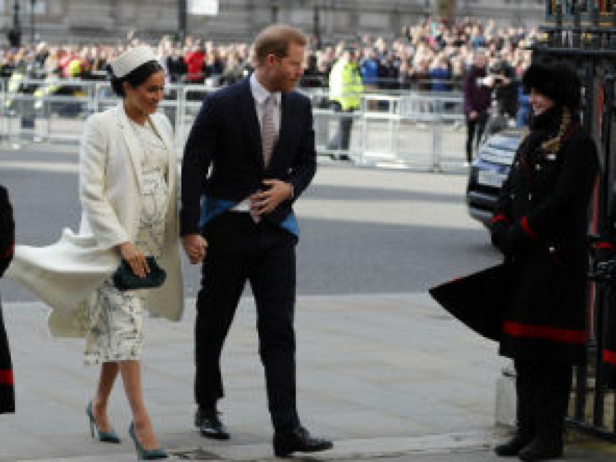 El príncipe Harry y Meghan mantendrán privada la llegada de su bebé