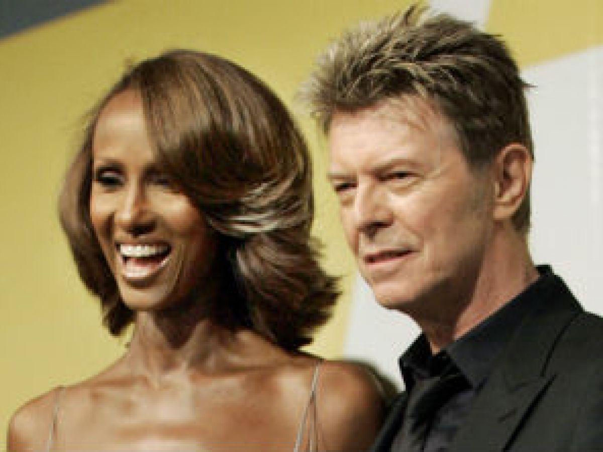 La modelo Iman recuerda a su esposo David Bowie en su 25 aniversario