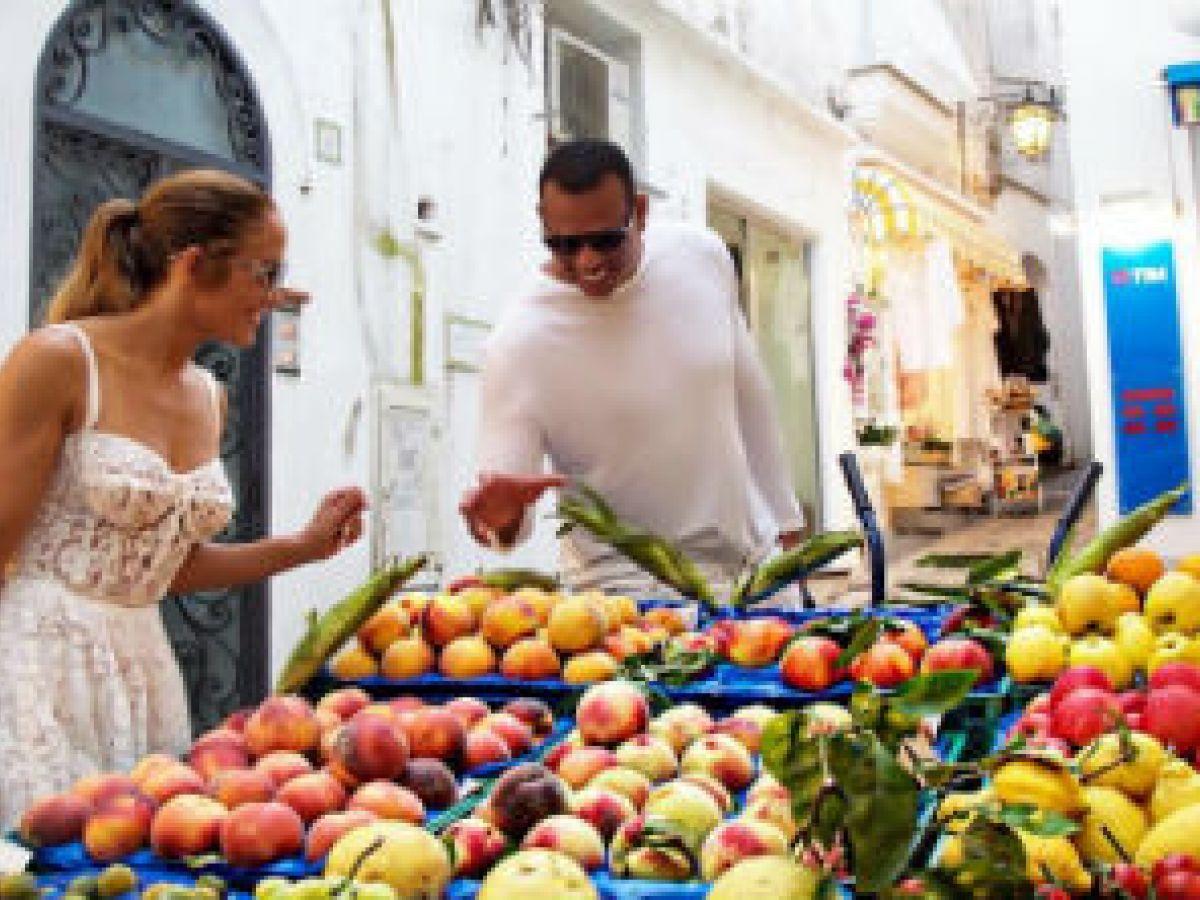 Jennifer López sorprende a sus fans en Capri