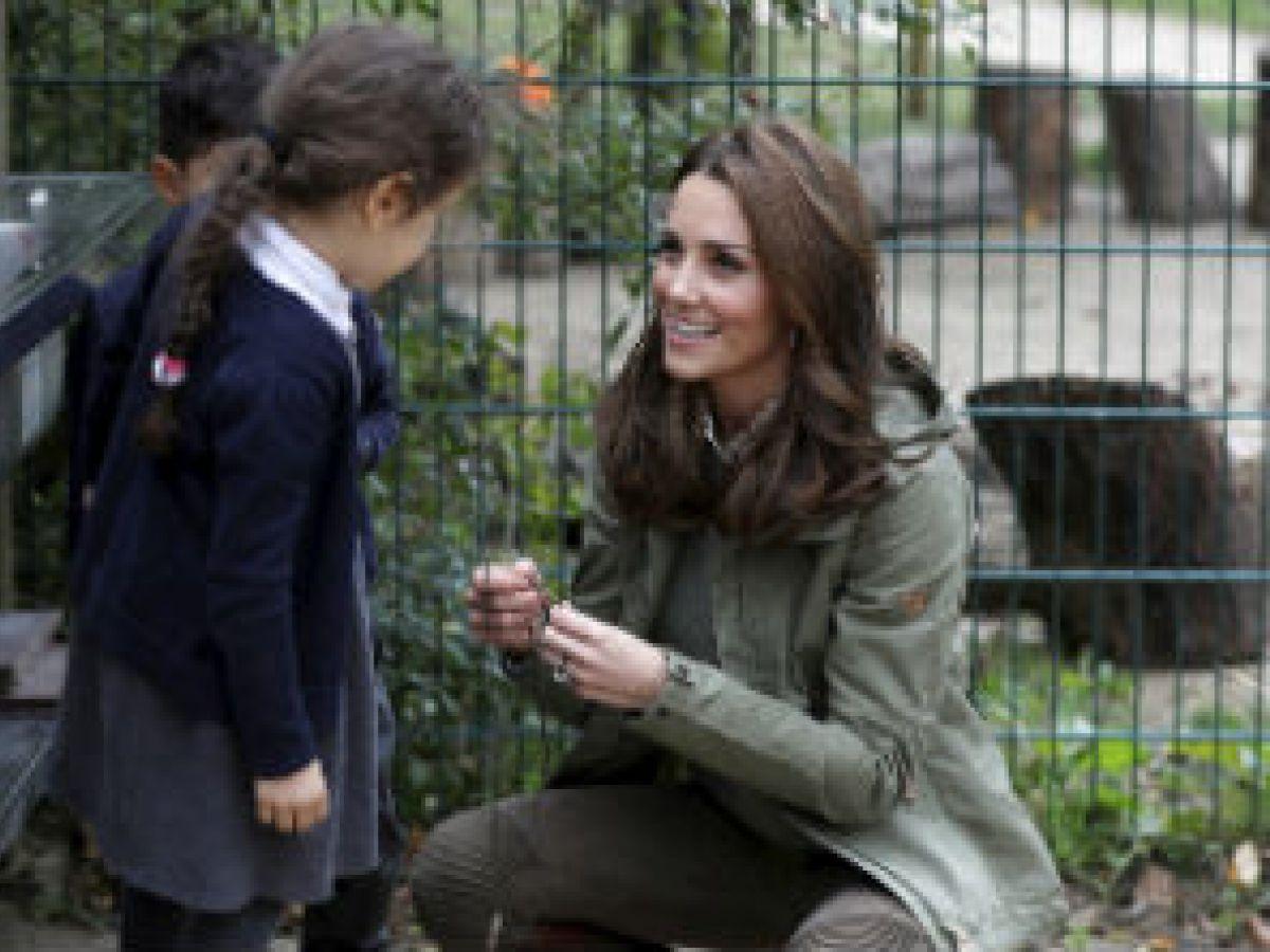 Kate Middleton sorprende con tierna respuesta a una niña