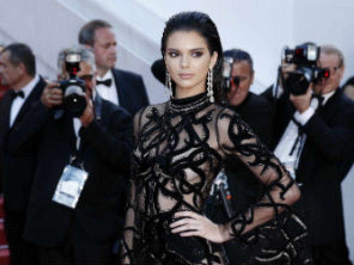 Kendall Jenner comparte su rutina de belleza de solo dos minutos