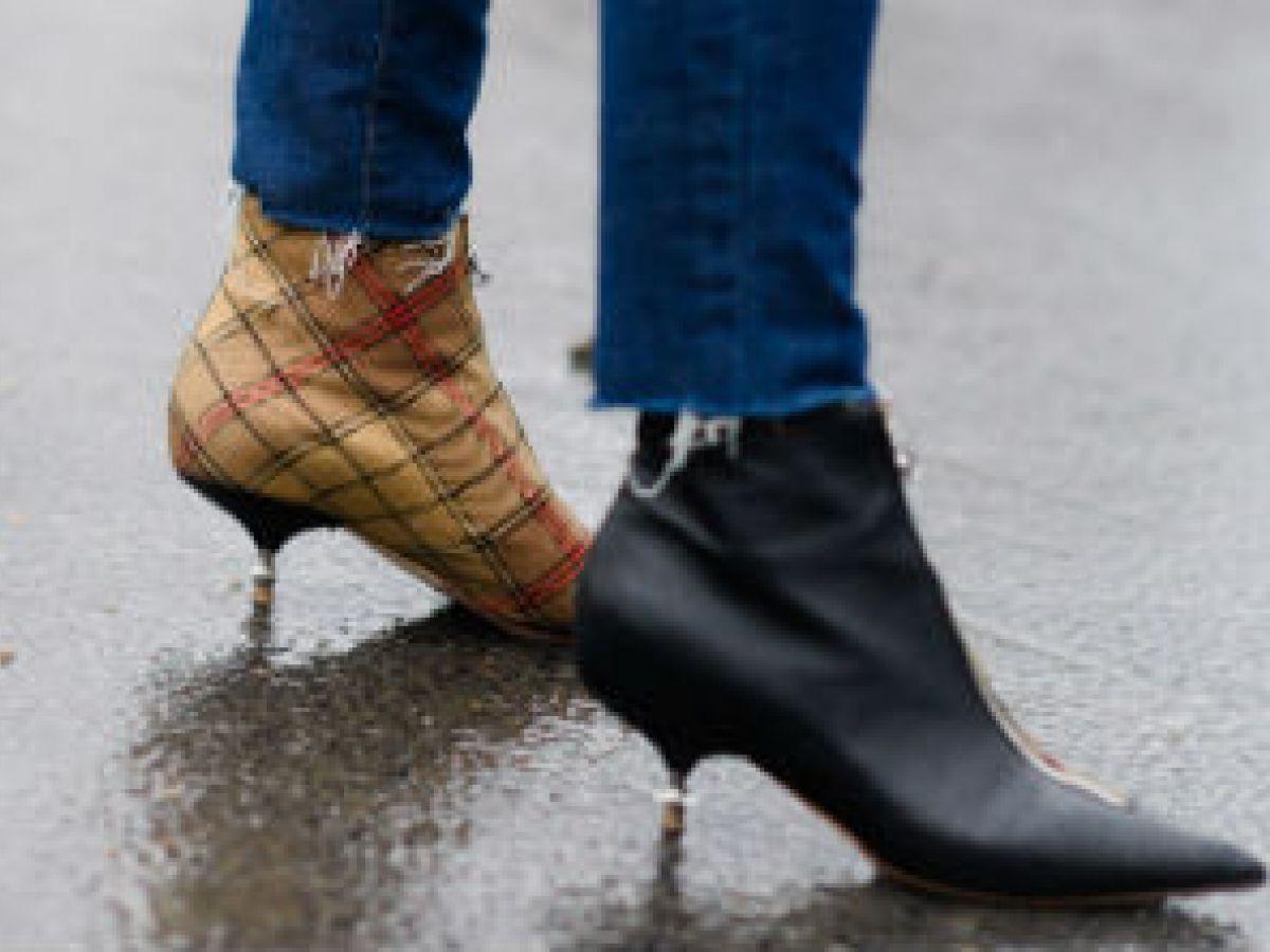 La moda de los zapatos diferentes