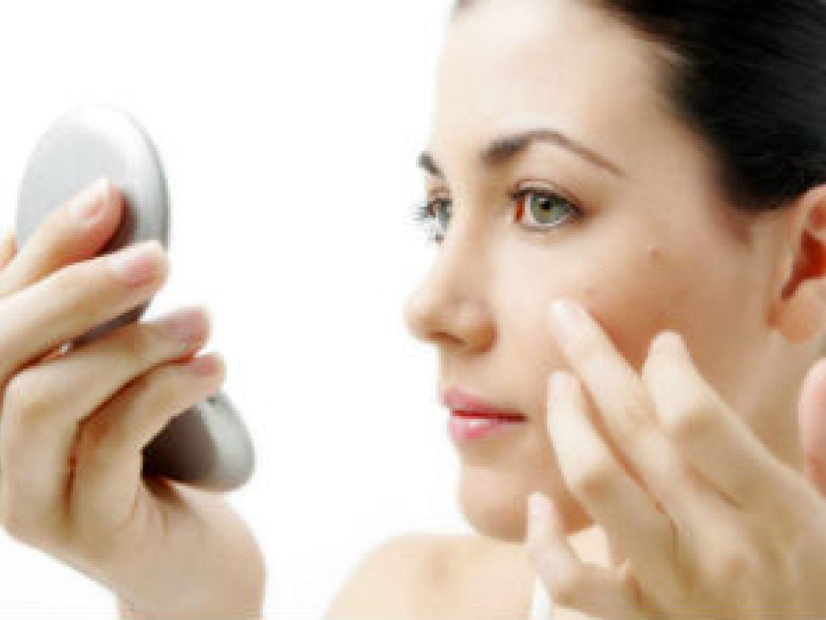 5 recomendaciones para cuidar tu piel cuando viajas en avión