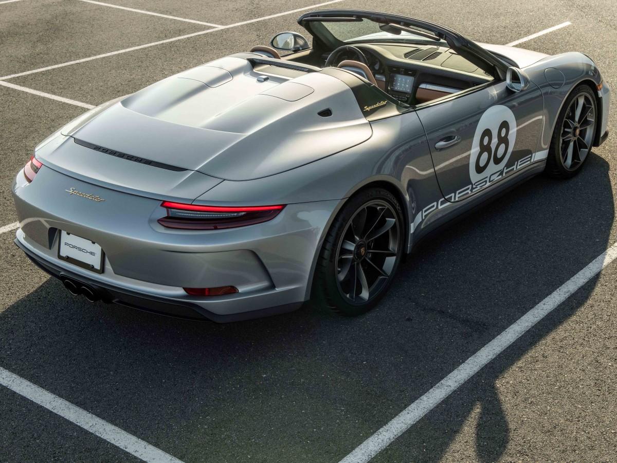 Porsche y Sotheby's subastan el último 911 para luchar contra el COVID-19