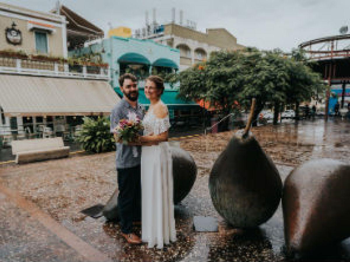 Crece le tendencia de parejas que prefieren casarse a solas