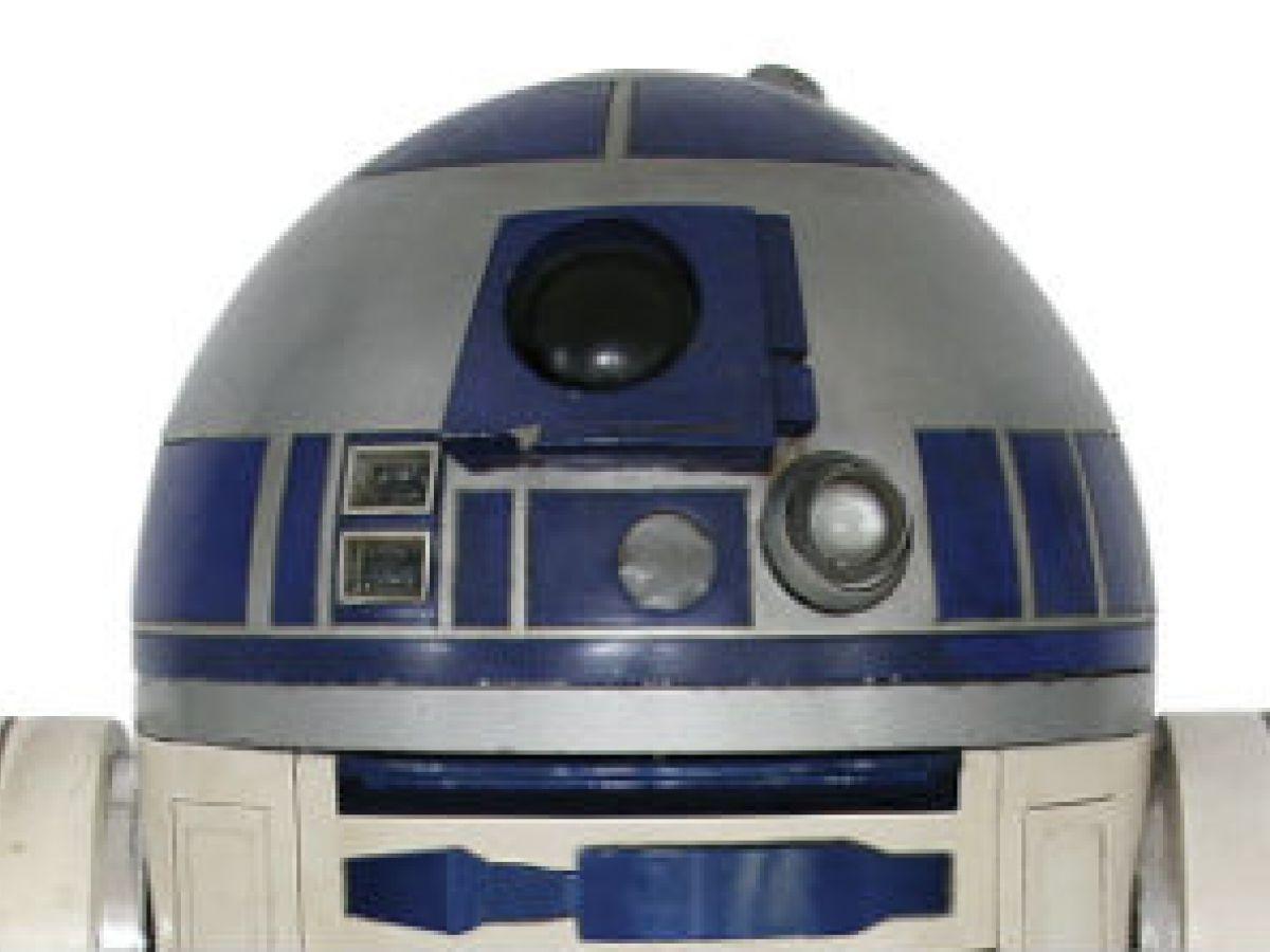 Venden en $2.76 millones R2-D2 usado en películas de Star Wars