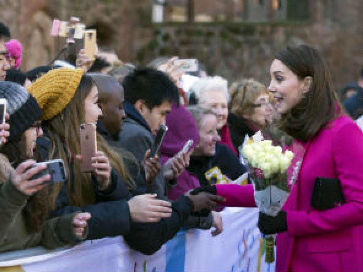 En alza las apuestas sobre el futuro de la familia real británica