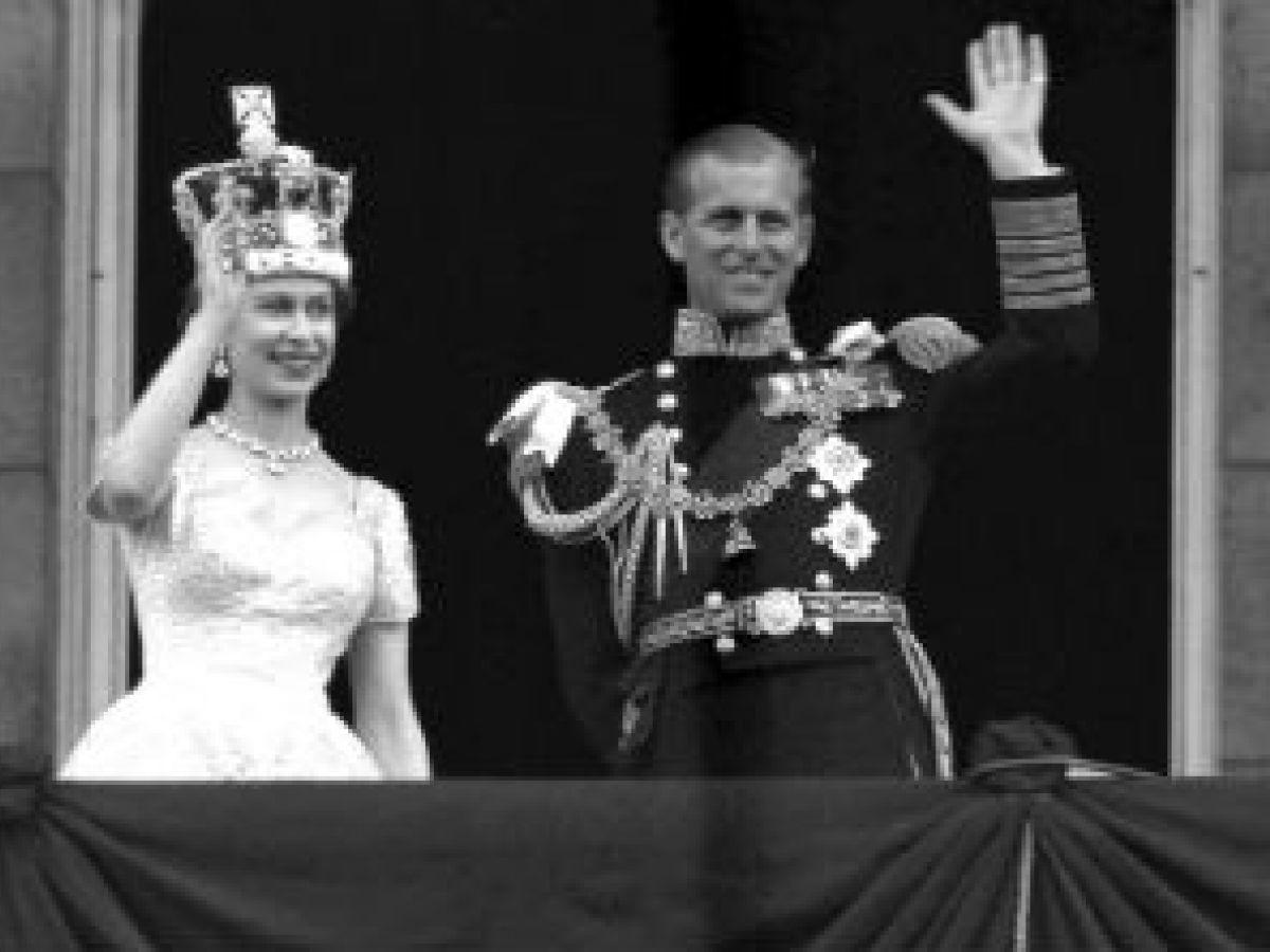 La reina Elizabeth II y el príncipe Philip celebran 70 años de matrimonio