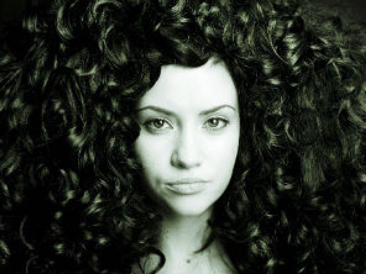 7 claves para cuidar tu cabello rizo