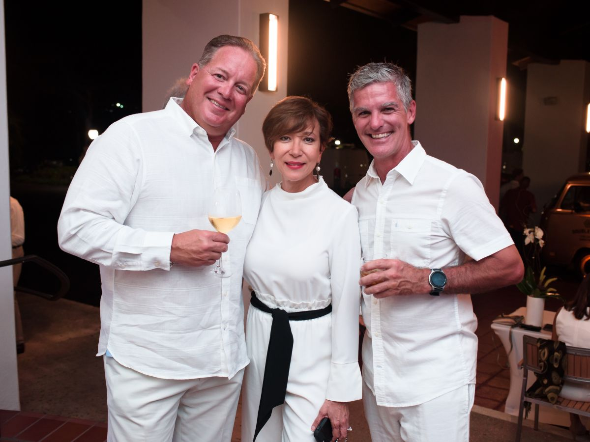Celebran la reapertura del Wyndham Grand Rio Mar Golf and Beach Resort