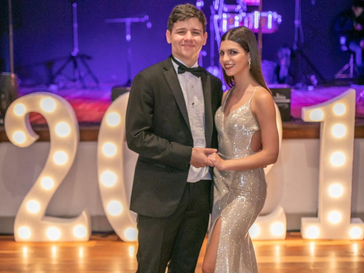 """Senior prom"":  Colegio San Ignacio de Loyola"