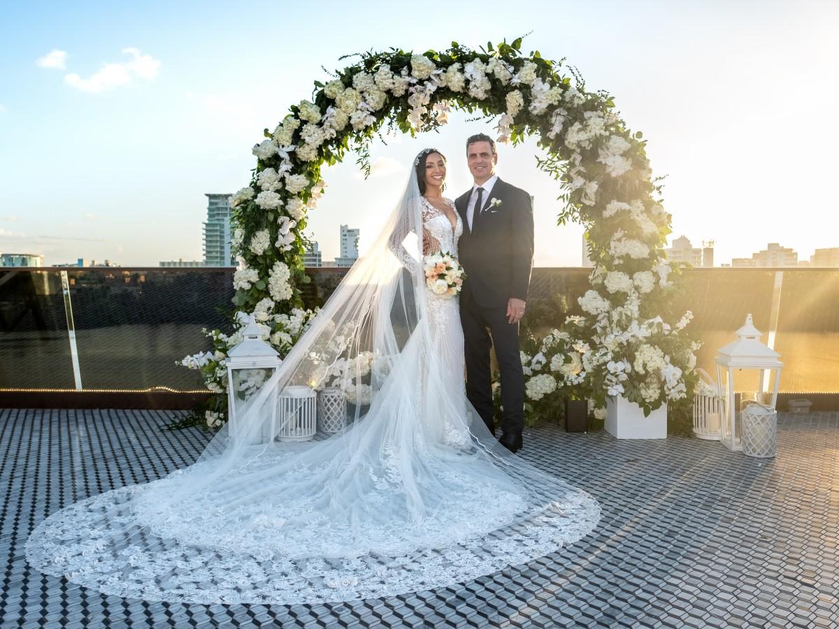 Nicole Chacón y Roberto González unen sus vidas