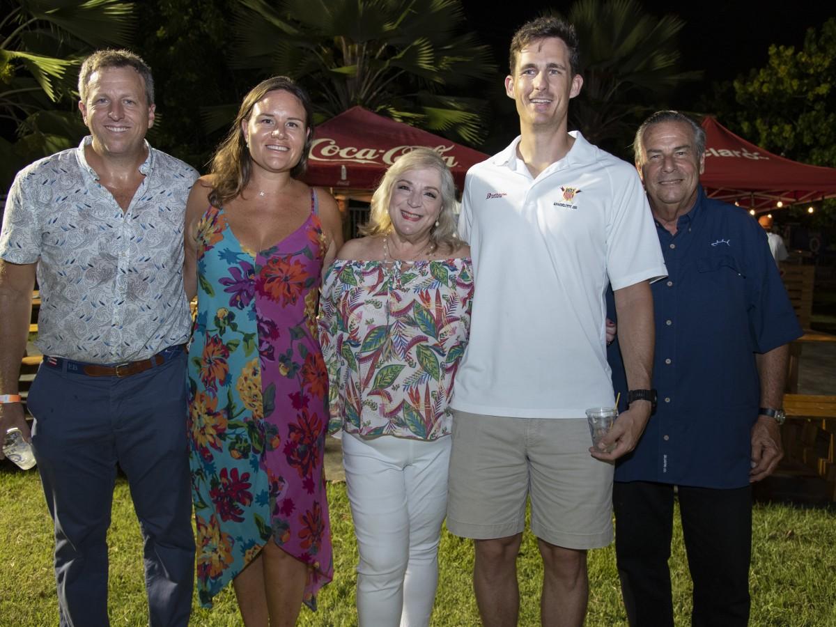 El Club Naútico de San Juan celebra su Fiesta Típica