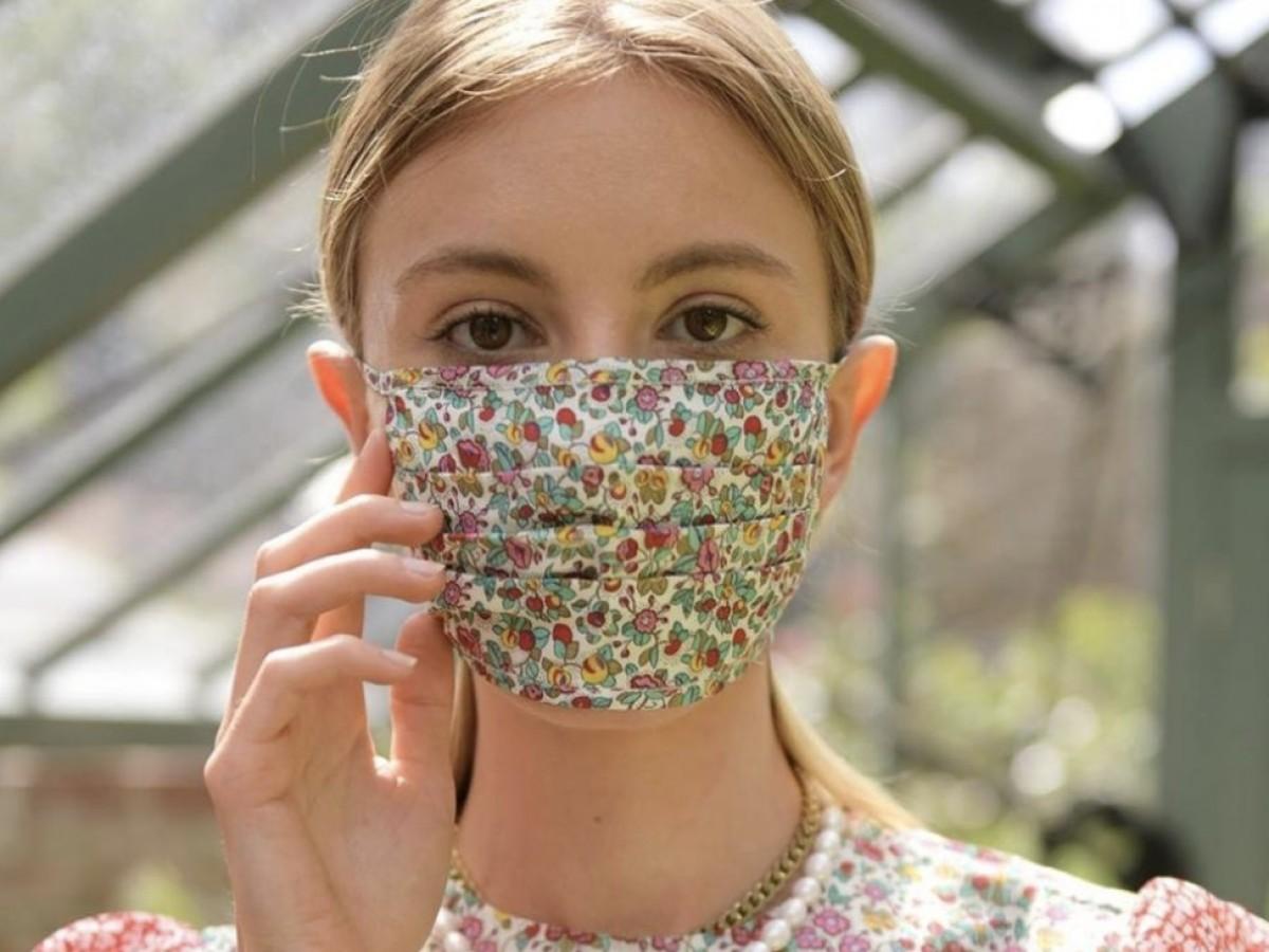 Cinco diseñadores compiten en la final del Fashion Mask Award