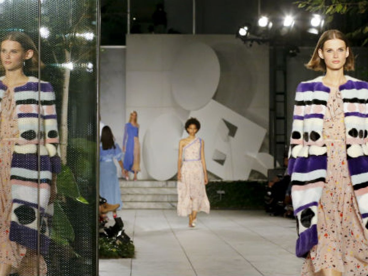 El arte de Carolina Herrera llega al MoMA
