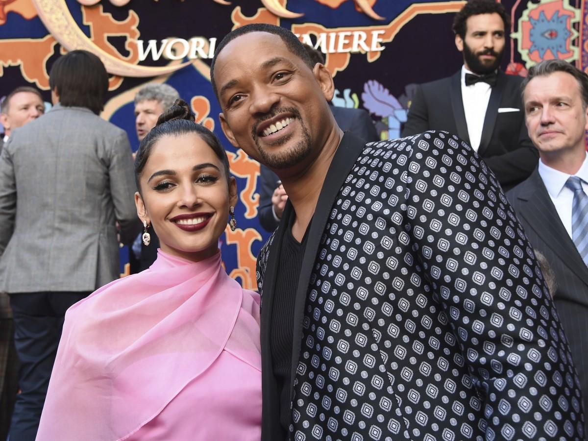 """Entre boas y confeti se celebra el estreno mundial de """"Aladdin"""" en Los Ángeles"""