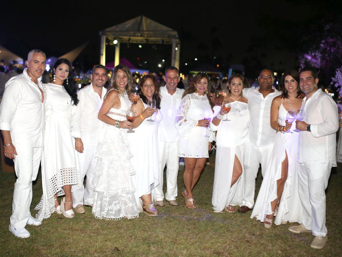 Le Dîner en Blanc Puerto Rico se celebra en la Bacardí