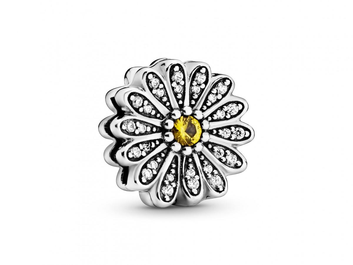 La casa de joyas Pandora presenta nueva colección de primavera