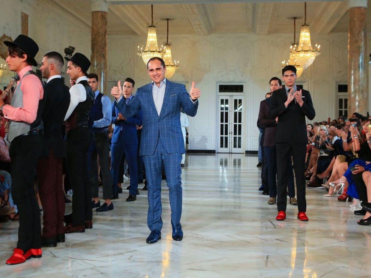 Rock & roll y moda formal para caballeros en el desfile de modas de Leonardo Cordero Suria