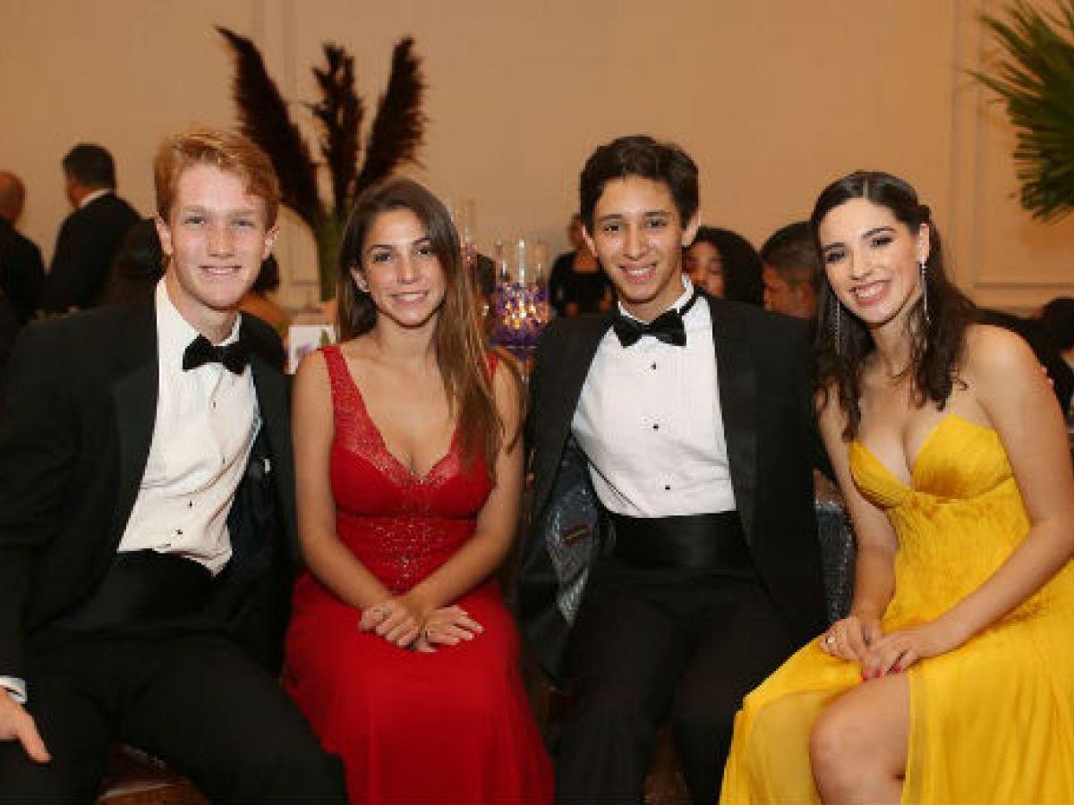 Noche de Prom: Academia María Reina
