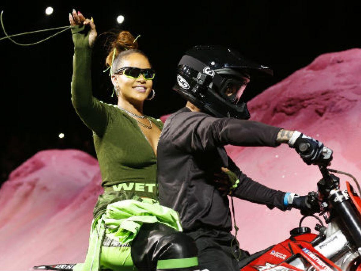 Rihanna presenta la colección primavera-verano de su línea Fenty Puma