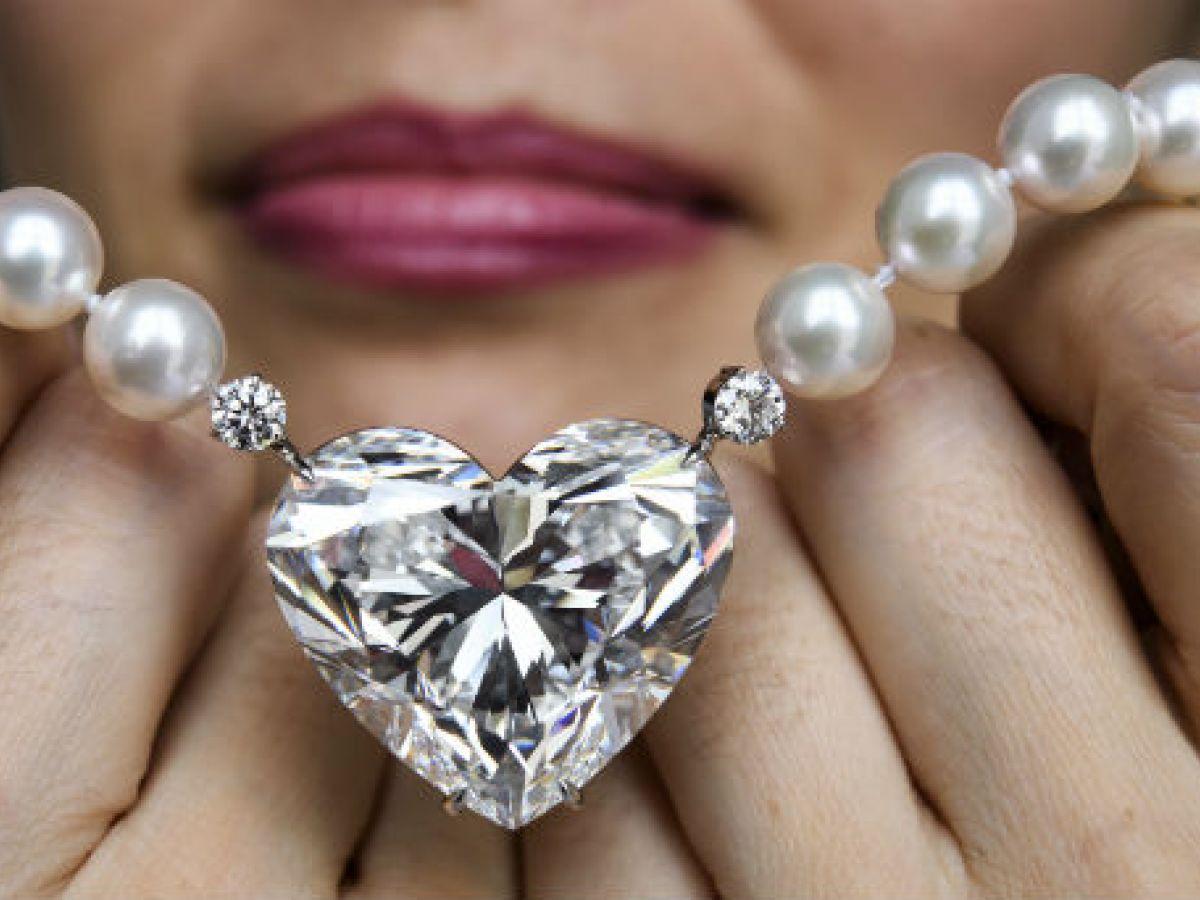 Subastan joyas espectaculares