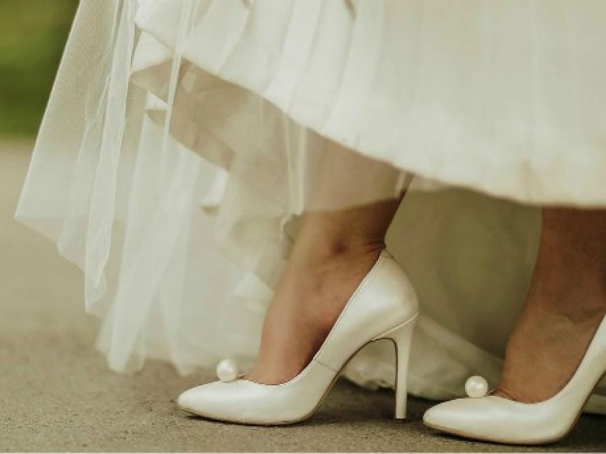 96ff4e16 Las tendencias más importantes en vestimenta y calzado para la temporada de  bodas 2019