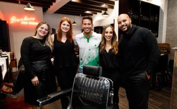 Redken Brews presenta barbería flagship en Plaza Las Américas