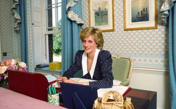 Médico recuenta accidente fatal de Diana en París