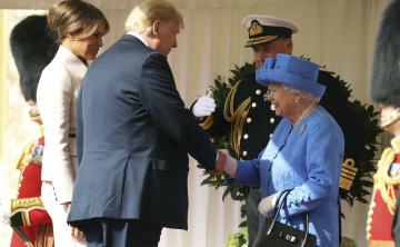 Elizabeth II recibe a los Trump en el Castillo de Windsor